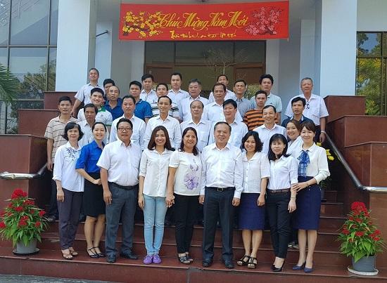Đoàn lãnh đạo Công ty thăm và chúc Tết Mậu Tuất các Chi nhánh